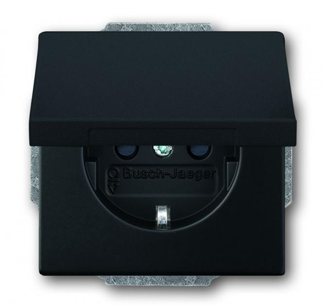 busch jaeger 20euk 885 schuko steckdosen einsatz mit klappdeckel schwarz matt online kaufen im. Black Bedroom Furniture Sets. Home Design Ideas