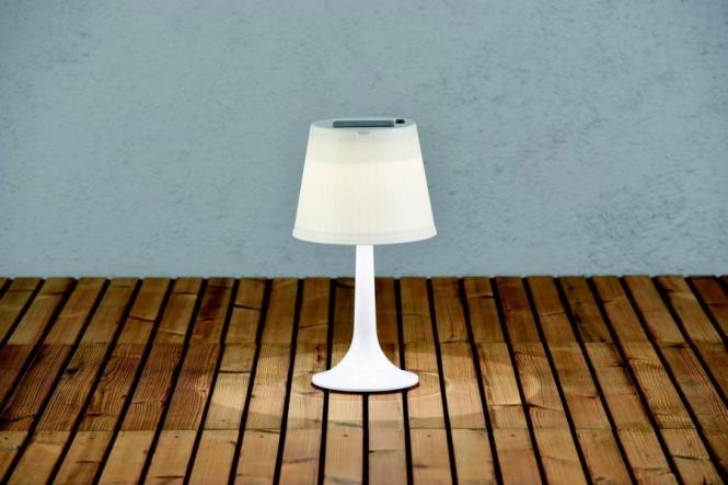 lichtideen l35525 led solar tischleuchte kunststoff wei. Black Bedroom Furniture Sets. Home Design Ideas
