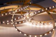 VOLTUS 30629 LED WW Strip 24 V, IP20, non-CC, CRI>80, 10 W/m. 2850 K, 5m Rolle