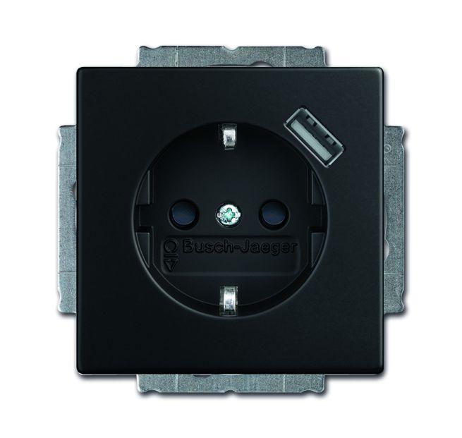 busch jaeger 20 eucbusb 885 schuko usb steckdose mit erh ber hrungsschutz schwarz matt online. Black Bedroom Furniture Sets. Home Design Ideas