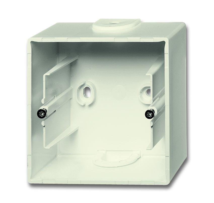 busch jaeger 1701 82 aufputz geh use 1 fach elfenbeinwei online kaufen im voltus elektro shop. Black Bedroom Furniture Sets. Home Design Ideas