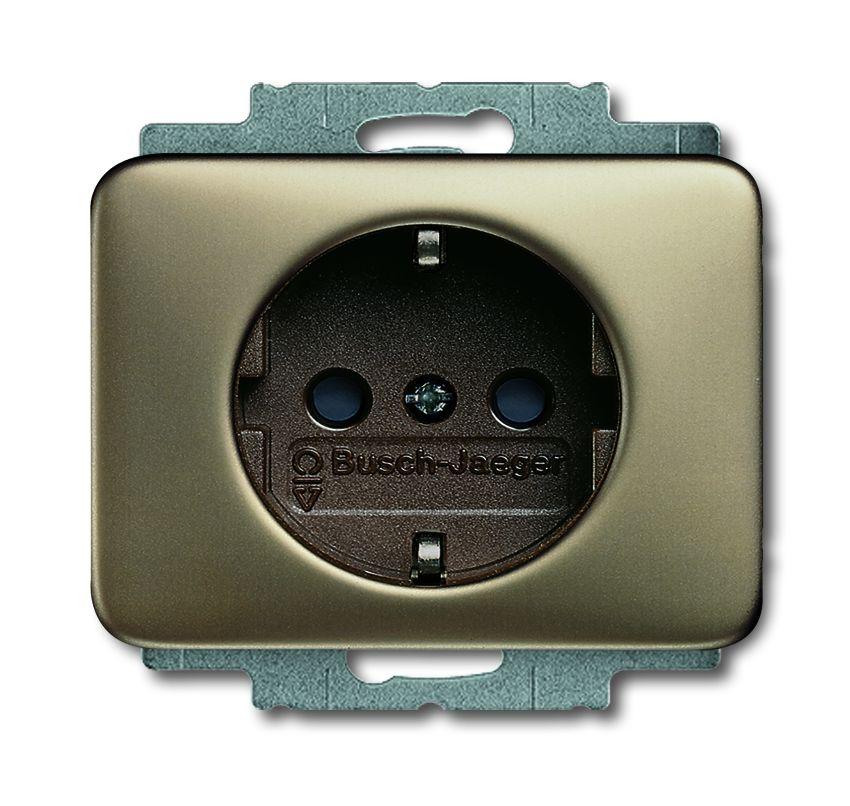 busch jaeger 20 euc 21 schuko steckdosen einsatz bronze online kaufen im voltus elektro shop. Black Bedroom Furniture Sets. Home Design Ideas