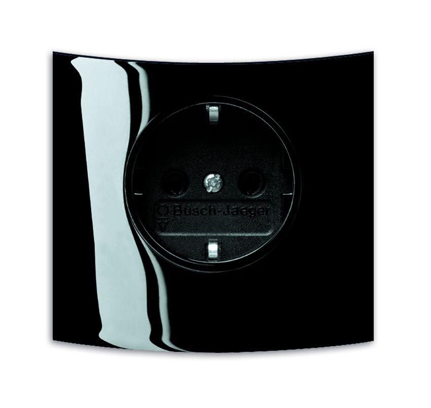 busch jaeger 20 euckst 71 kombinations schuko steckdose busch triton online kaufen im voltus. Black Bedroom Furniture Sets. Home Design Ideas