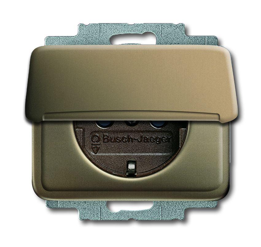 busch jaeger 20 euk 21 schuko steckdosen einsatz mit klappdeckel bronze online kaufen im voltus. Black Bedroom Furniture Sets. Home Design Ideas