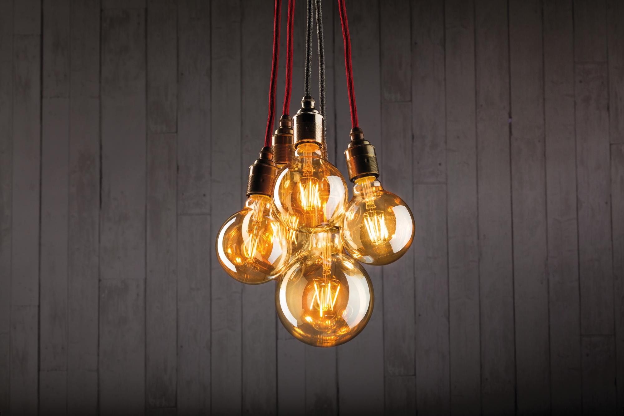 paulmann led vintage globe 95 2 5w e27 230v 1700k gold goldlicht online kaufen im voltus. Black Bedroom Furniture Sets. Home Design Ideas