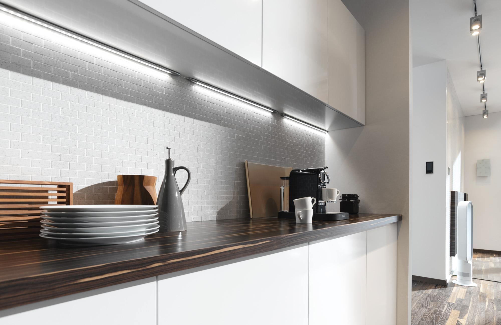 paulmann led lichtleiste linklight basisset 7 5 w 230 24 v online kaufen im voltus. Black Bedroom Furniture Sets. Home Design Ideas